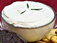Garlicky Goat Cheese Spread