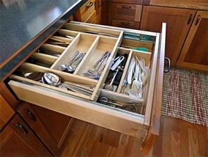 Sally's Double-Layer Utensil Drawer