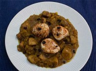 Pan-Fried Scallops with Curried Mushrooms