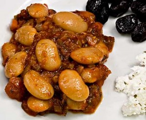 Gigantes (Greek Giant White Beans) in Tomato Sauce