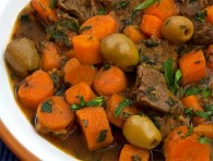 Libyan Lamb Stew with Carrots &amp; Green Olives (Tajin Sfinari bil Zaytun)