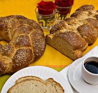 Alaskan Tsoureki – Greek Easter Bread (Τσουρέκι)