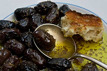 Roasted-Kalamata-Olives (Elies sto Fourno)