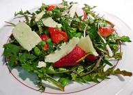 Dandelion, Edamame & Strawberry Salad