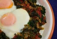 Lamb's Quarters & Tomatoes with Eggs (Χόρτα και Ντομάτες με Αυγά)
