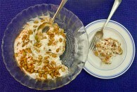 Tiss'ye aka Fatteh Hummus (Chickpeas with Yogurt and Crunchy Pita)