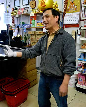 Barry Yu, Lucky Market owner